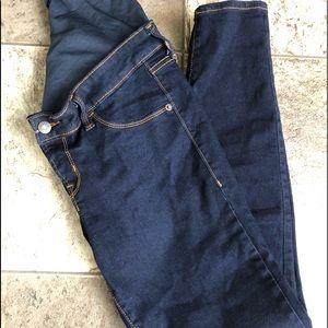 Full panel maternity skinny jeans